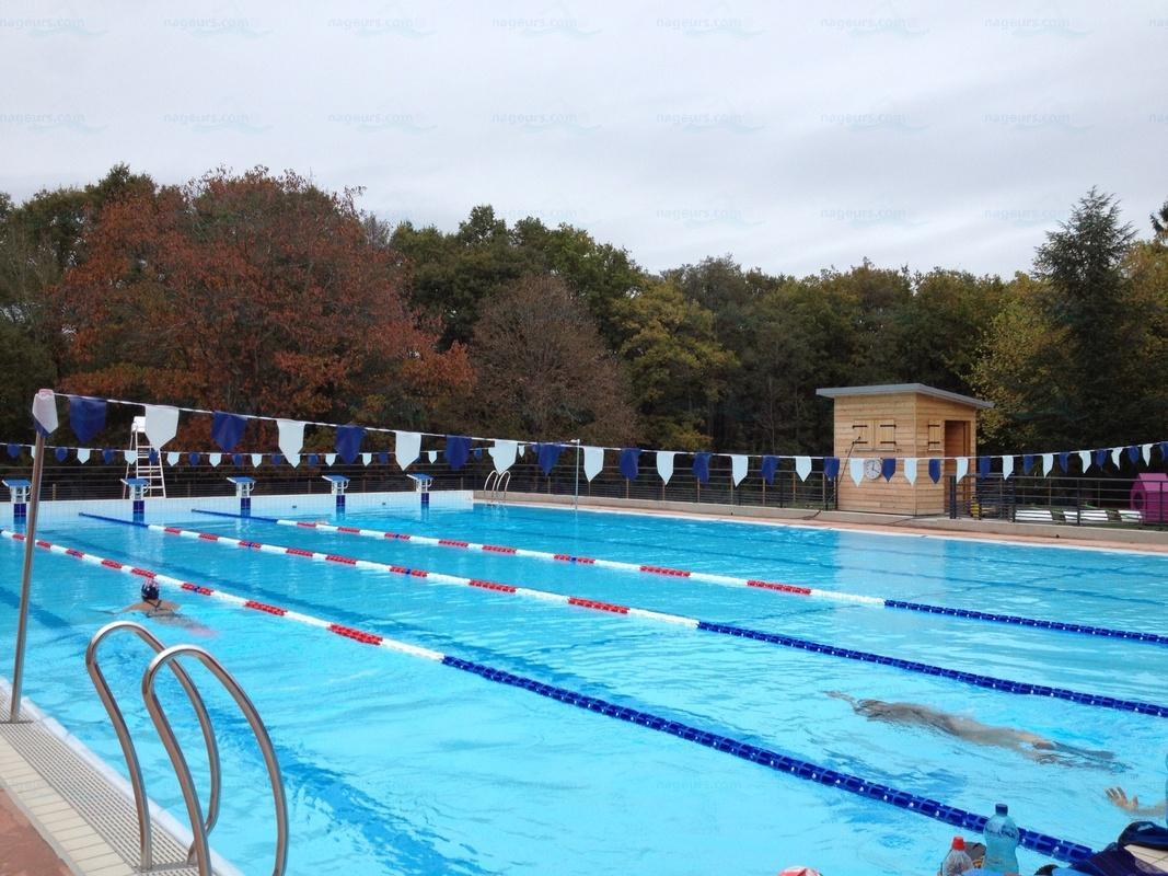 Piscines france centre les piscines loiret 45 - Piscine loire sur rhone ...