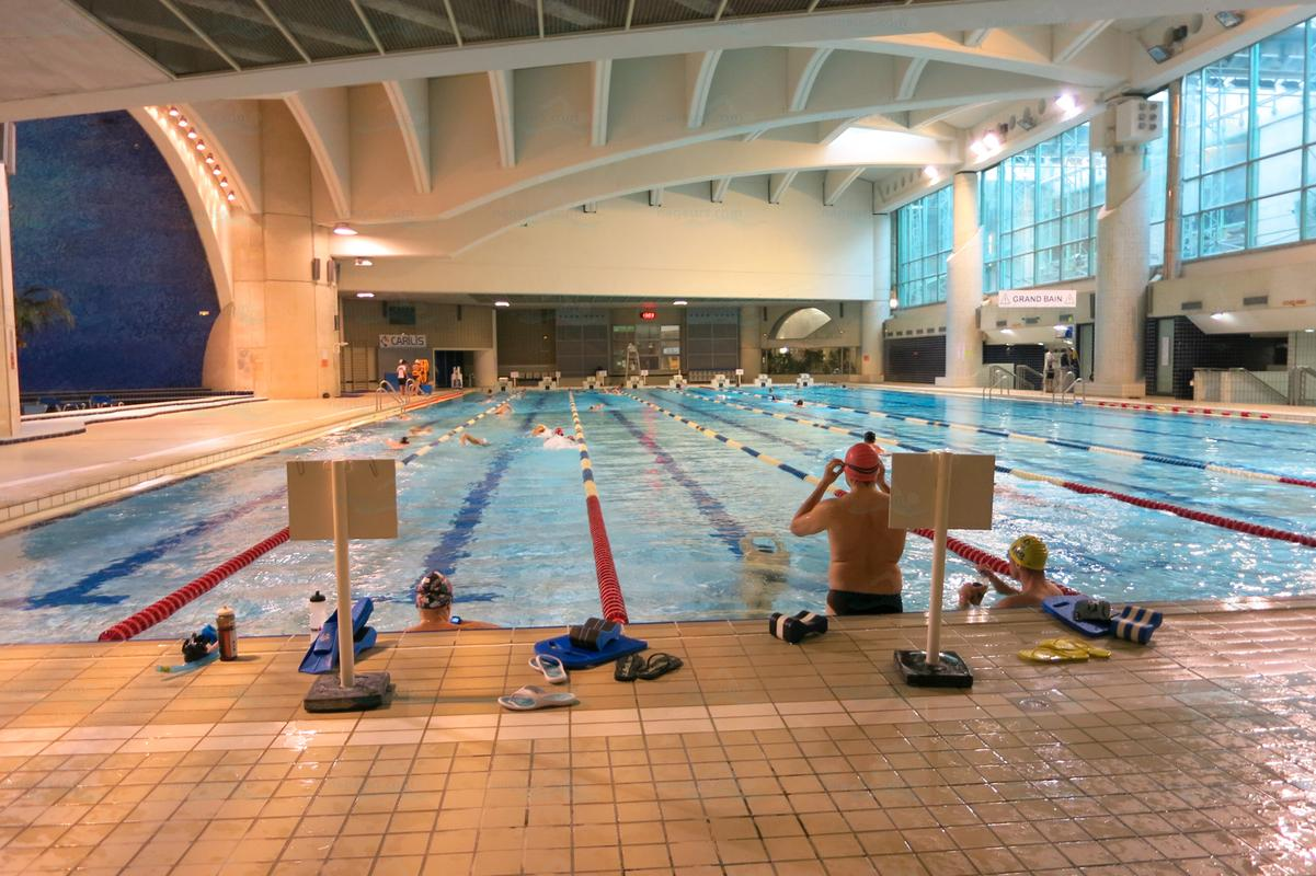 Le guide des 65 piscines de paris for Piscine a chatelet