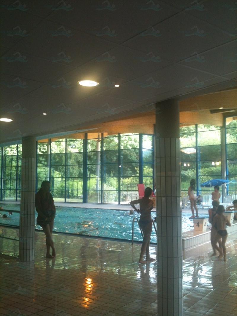 Photos piscine islandia for Piscine guingamp horaires