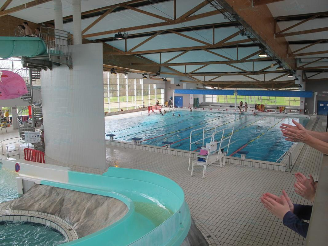 Photos piscine l 39 archipel for Piscine castres