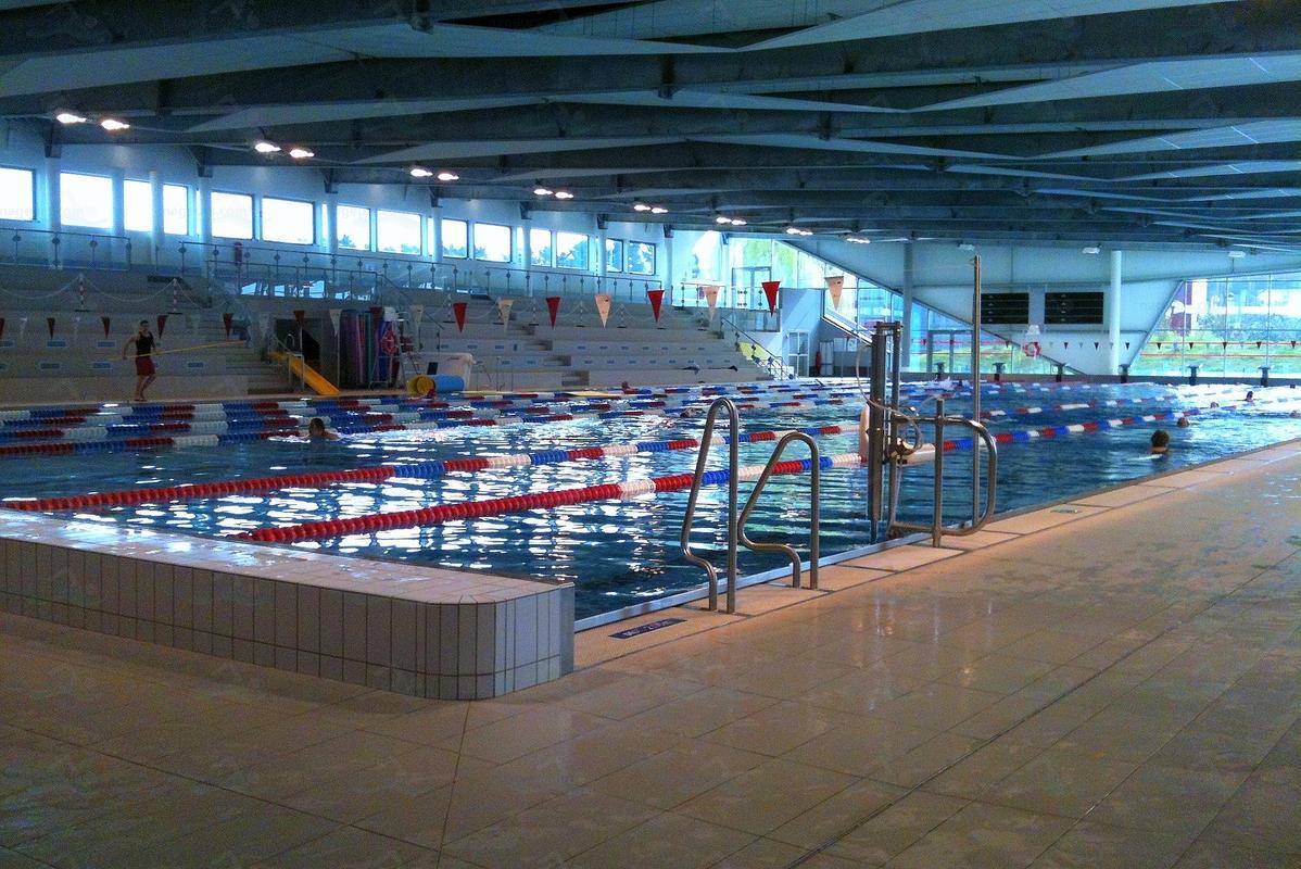 Photos centre aquatique de la plaine for Piscine houilles