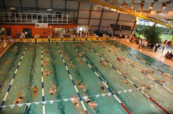 Piscines france picardie les piscines oise 60 for Piscine de bresles