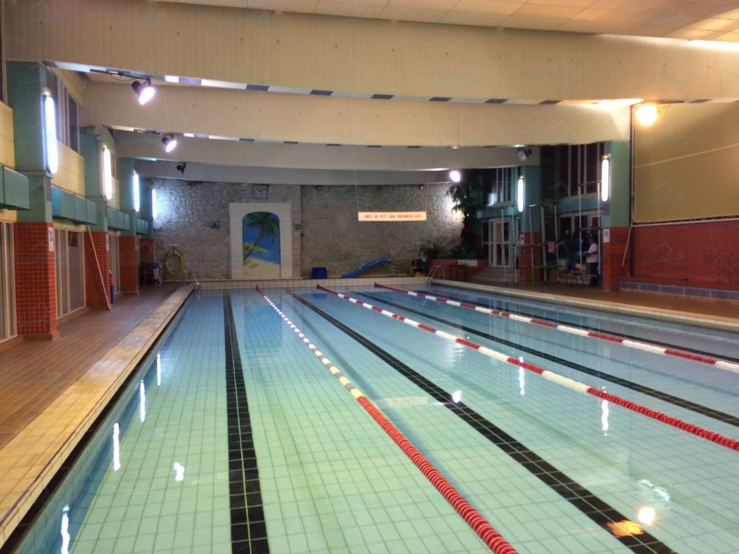 Photos piscine saint merri for Piscine valeyre