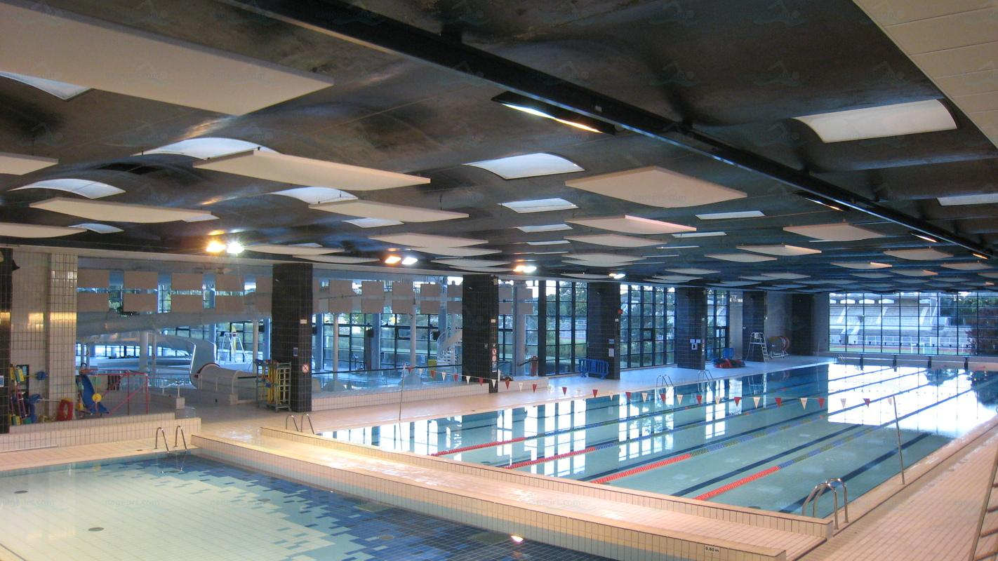 Piscines france ile de france les piscines yvelines for Piscine montbauron