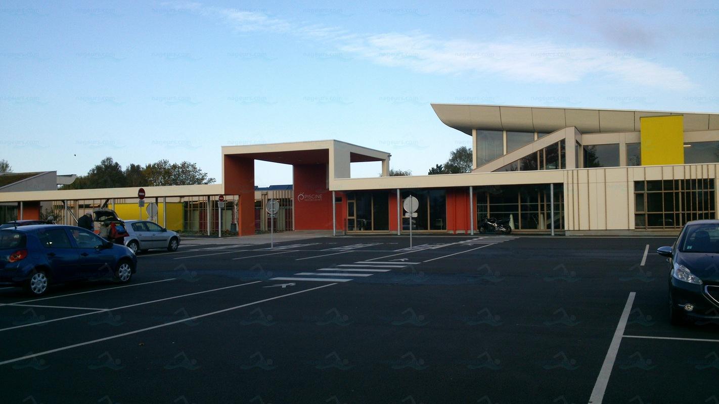 Photos centre nautique de montigny les metz for Centre sportif cote des neiges piscine