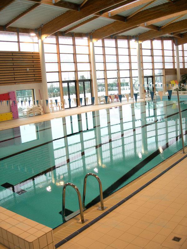 Piscines france ile de france les piscines seine et - Pontault combault piscine ...