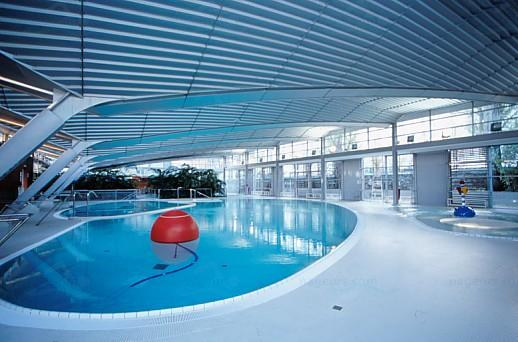 Articles les piscines du 19e arrondissement paris for Piscine georges hermant