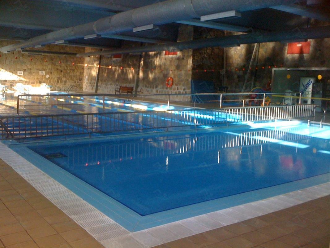 Annuaire des piscines espagne piscines for Piscina municipal pinto