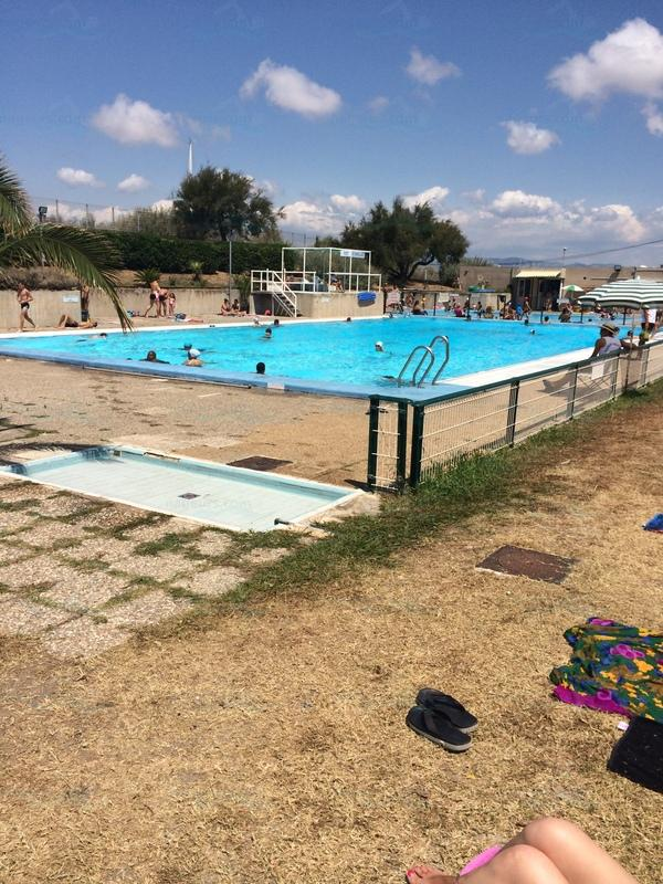 Le guide des 26 piscines de marseille for Piscine saint charles