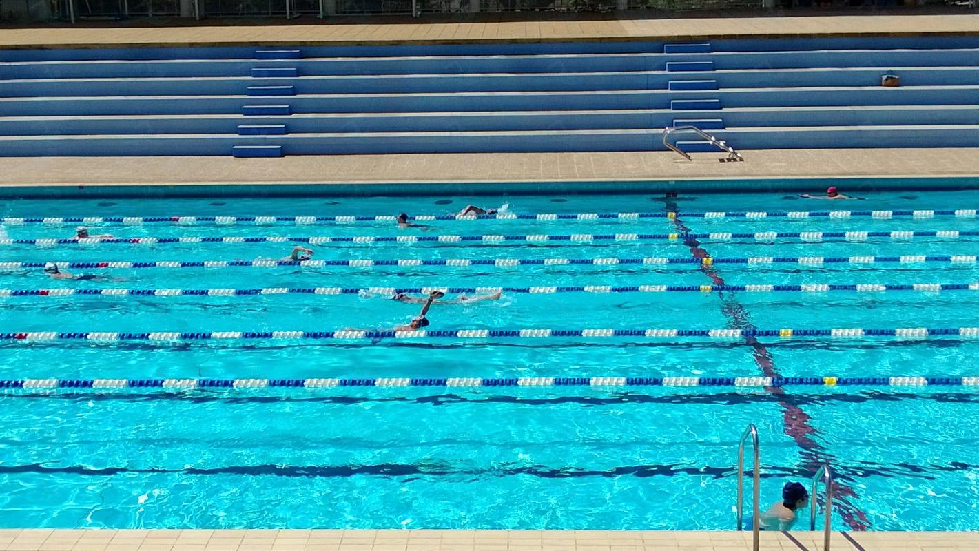 Le guide des 5 piscines de toulon for Marchand de piscine