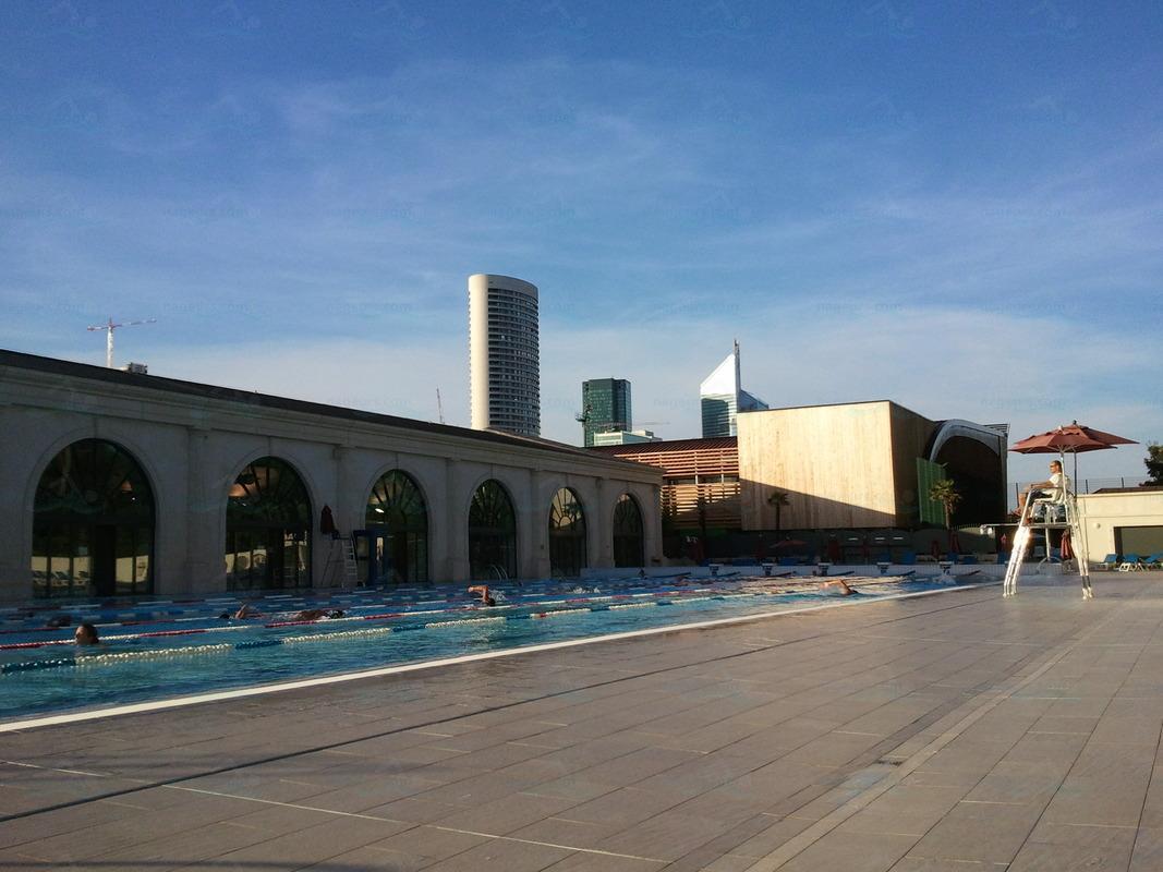 Piscines france ile de france les piscines hauts de for Piscine puteaux
