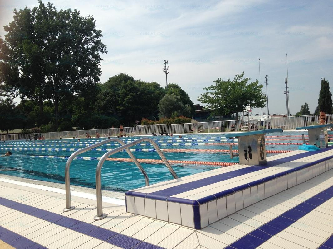 Piscines france midi pyr n es les piscines haute for Construction piscine haute garonne