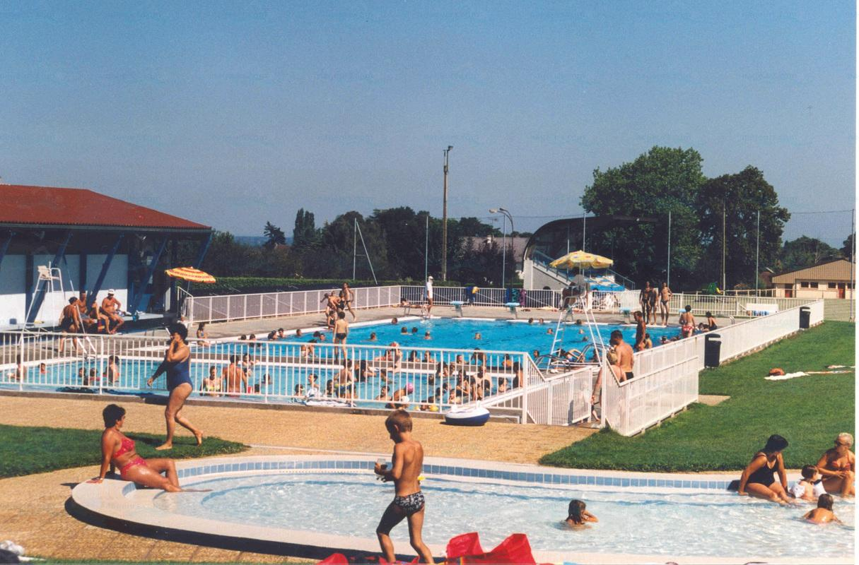 Photos piscine municipale de sennecey le grand for Piscine st meen le grand
