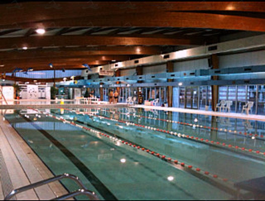Photos piscine de s vres for Piscine 92