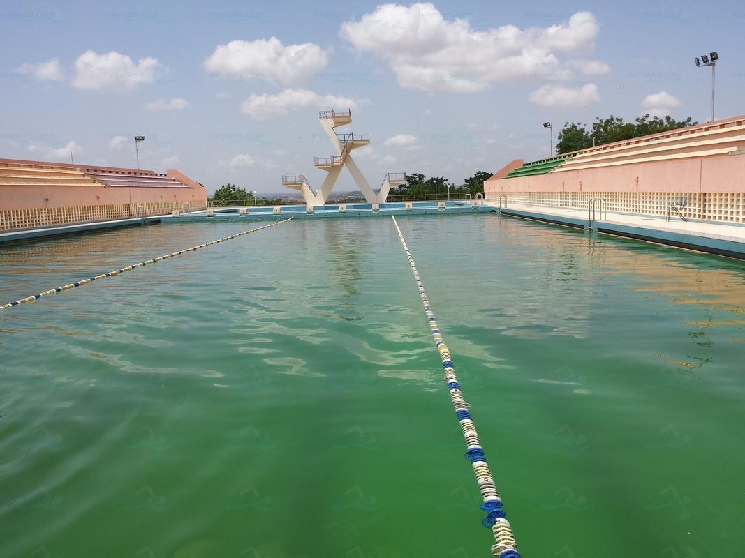 Piscine olympique du stade omnisport modibo keita for Dimension piscine olympique