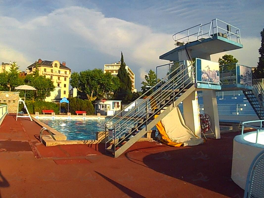 Piscines france rh ne alpes les piscines savoie 73 for Piscine chambery