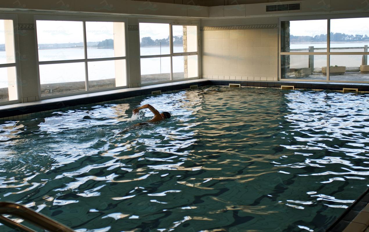 Piscines france bretagne les piscines finist re 29 for Carhaix piscine