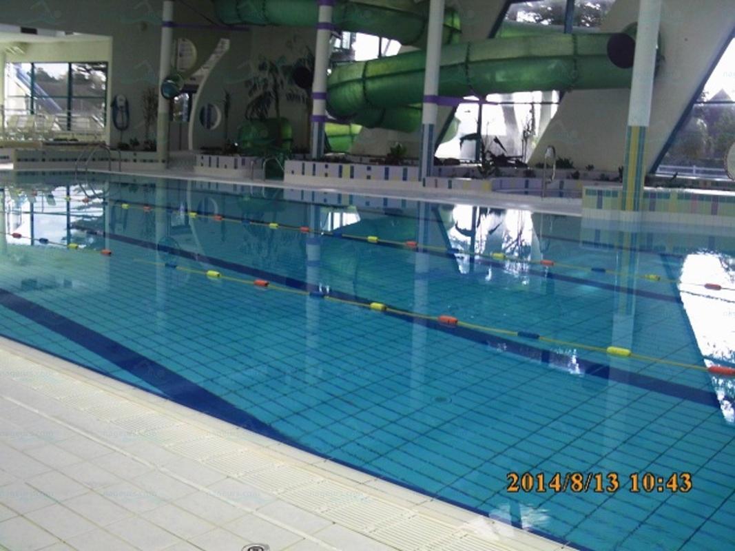 Piscines france bretagne les piscines finist re 29 for Aquacap perigueux piscine
