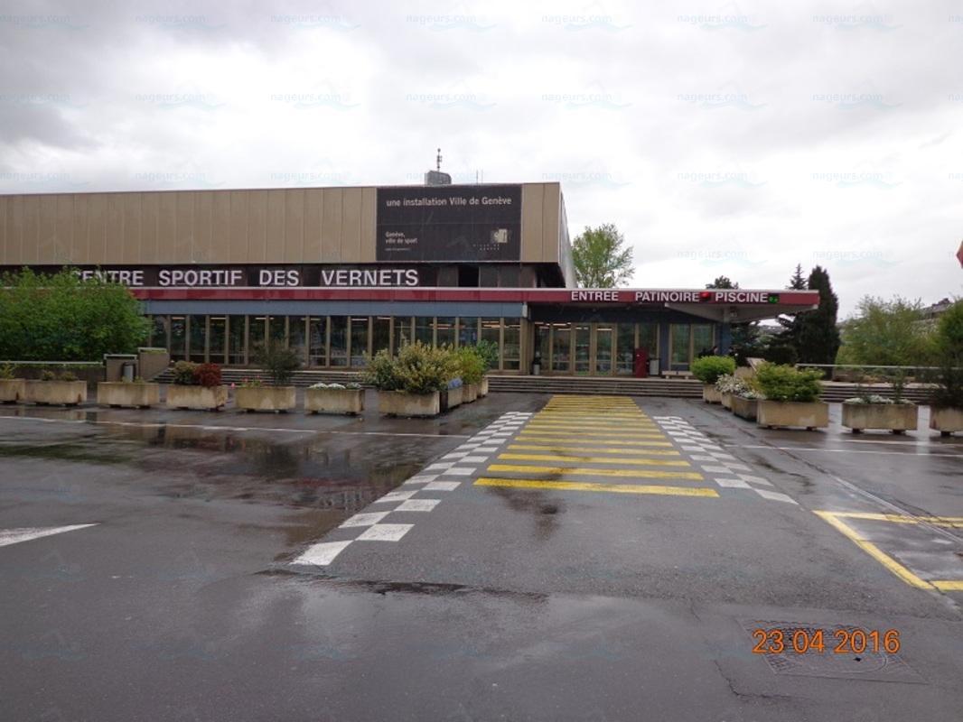 Annuaire des piscines suisse piscines for Piscine varembe