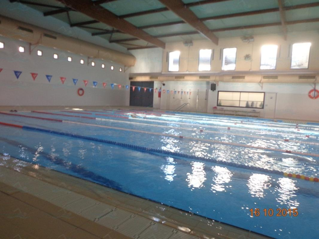 esportiu la piscina