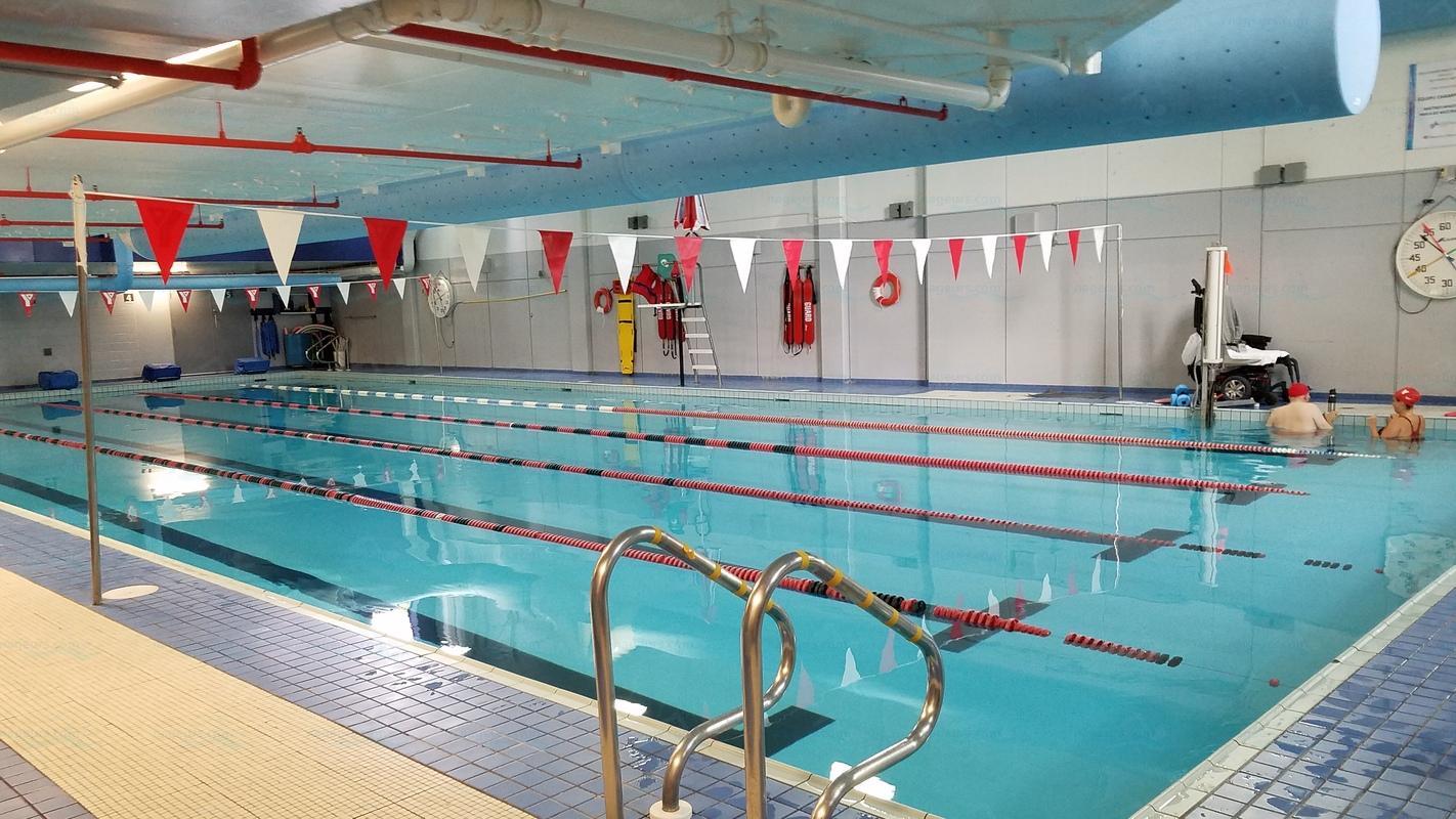 Annuaire des piscines canada piscines for Piscine hochelaga