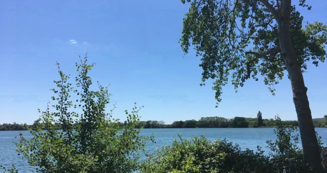Lac de Léry-Poses