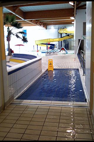 Centre aquatique de bois colombes for Horaires piscine colombes