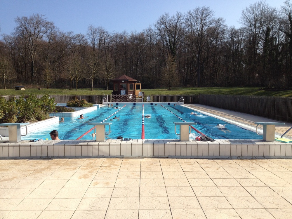 Piscine aqualis for Piscine chantilly